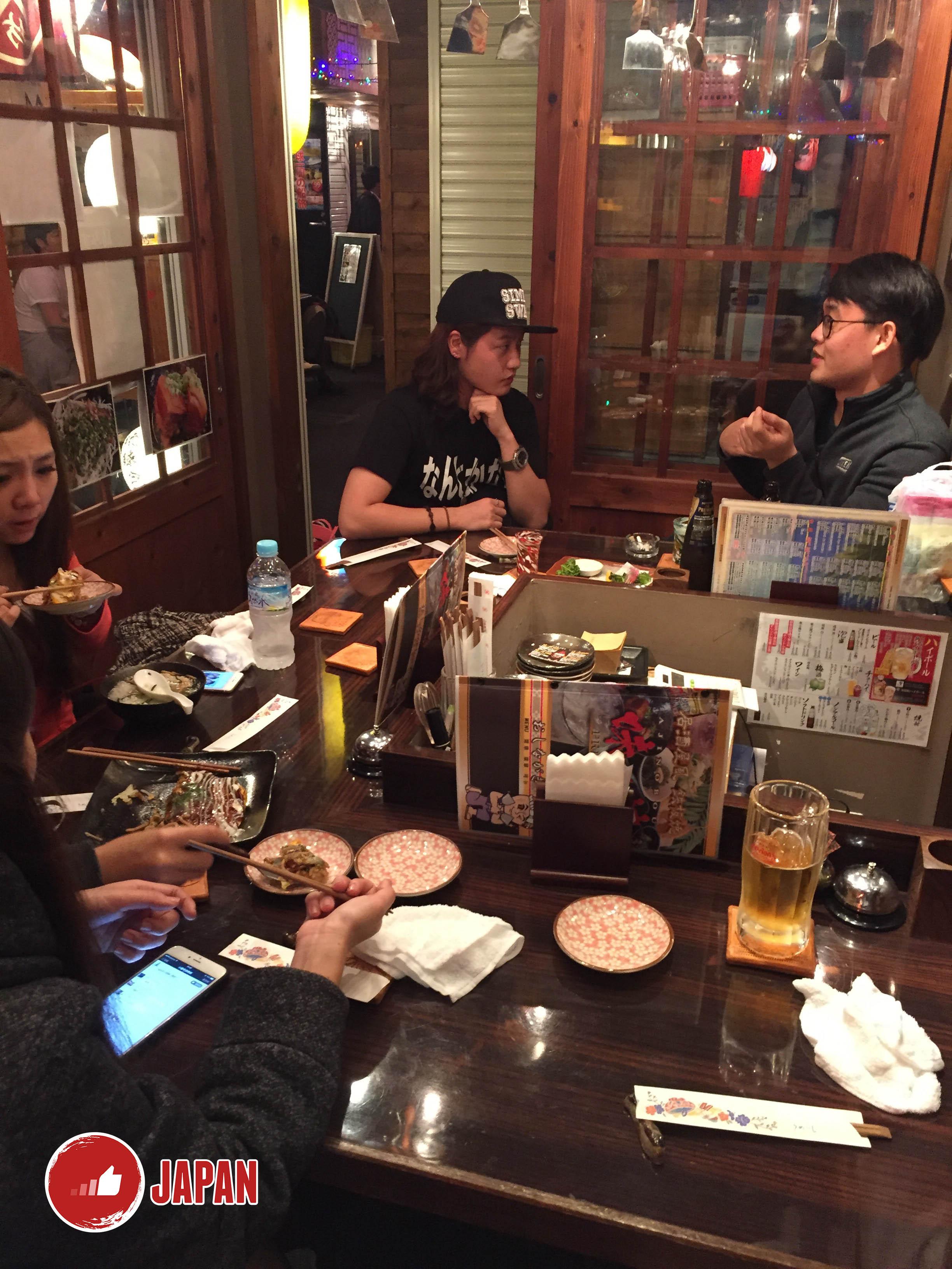 沖繩國際通熱鬧小夜市