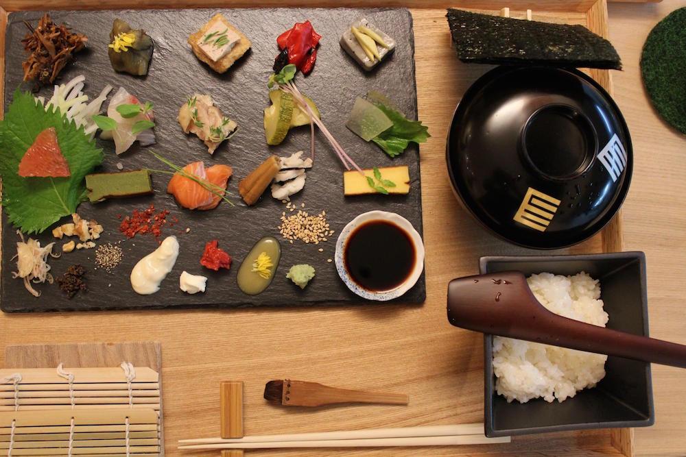 三千円搞掂 !京都「自製」一口壽司