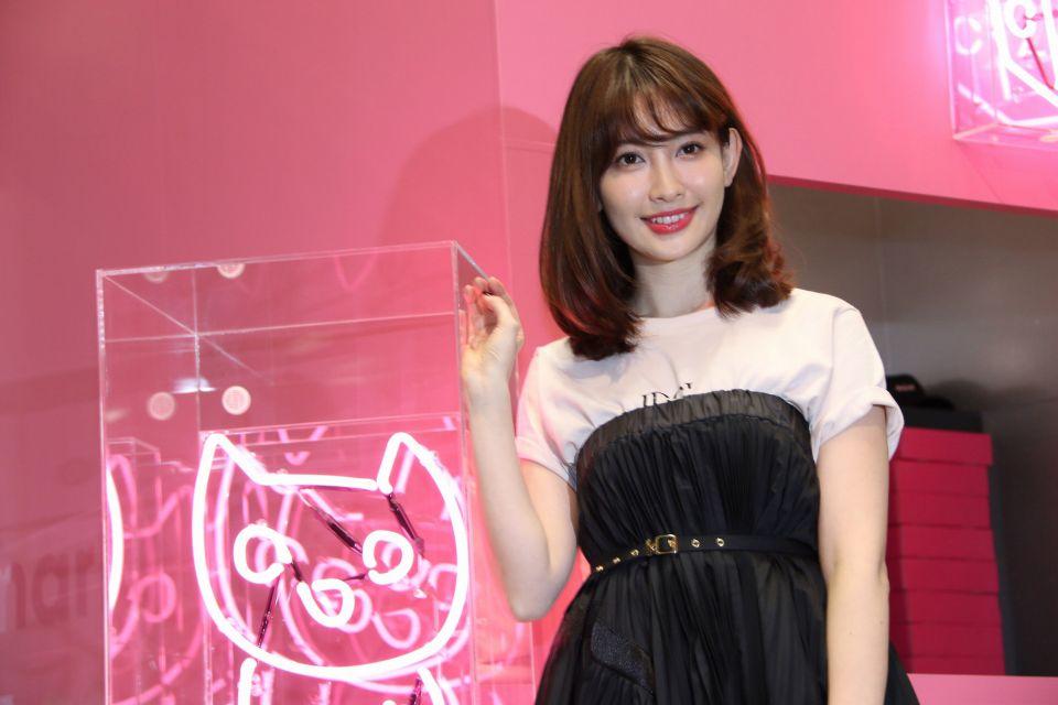AKB48女神小嶋陽菜畢業前襲港 4月10日於九展舉辦握手Fans Meeting!