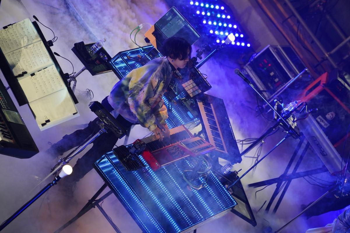 YOASOBI 第1次演唱會觀後報告:KEEPOUT THEATER 令人讚嘆的演出